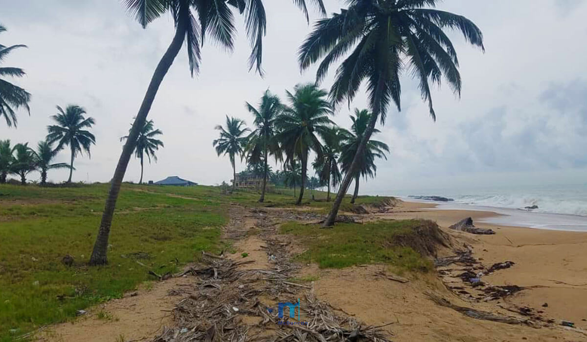 Property-Image--OceanFront-Land-For-Sale-In-AMPENYI-1--Mcduncan-Properties-min