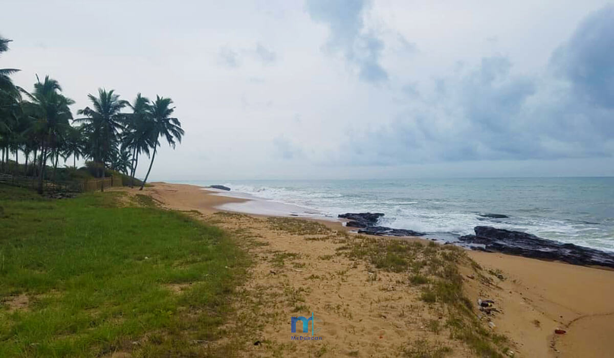 Property-Image--OceanFront-Land-For-Sale-In-AMPENYI-4--Mcduncan-Properties-min