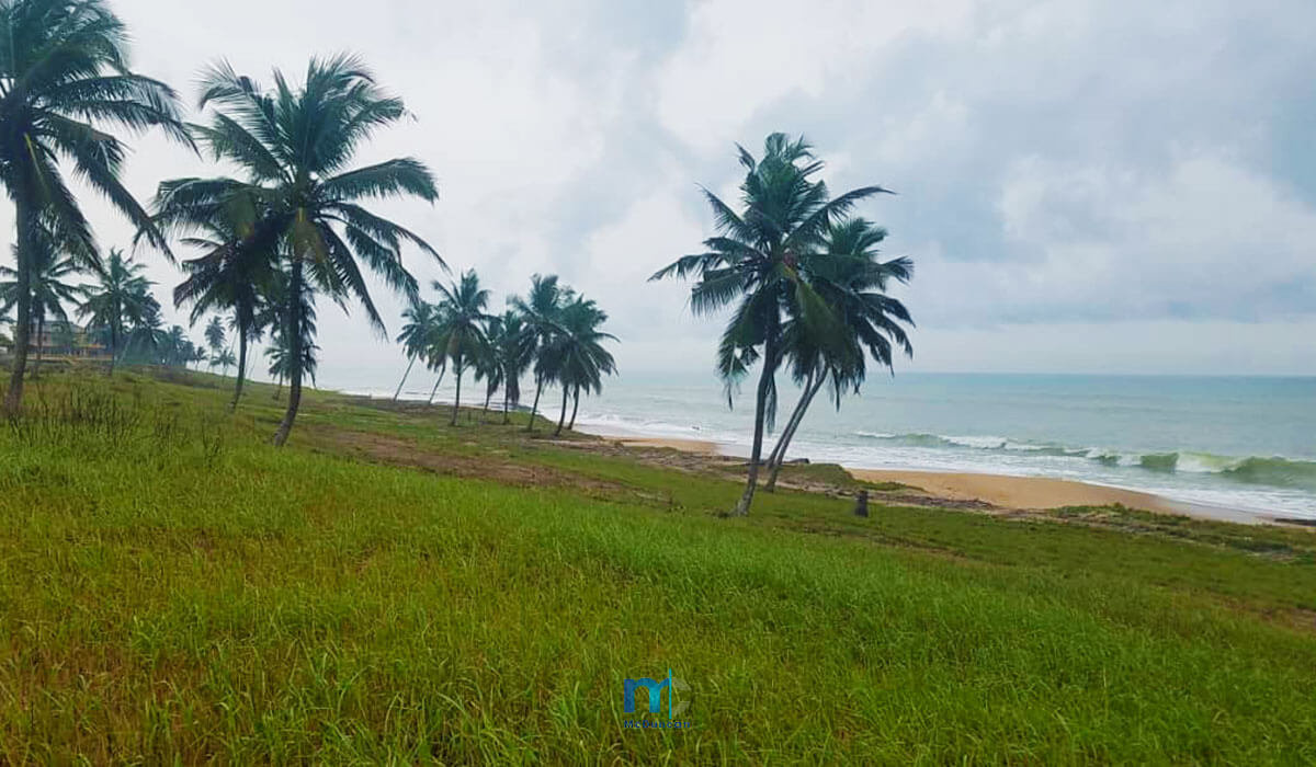 Property-Image--OceanFront-Land-For-Sale-In-AMPENYI-8--Mcduncan-Properties-min
